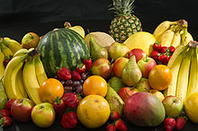 220px-Culinary_fruits_front_view