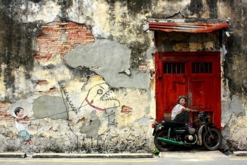 Street-Art-by-Ernest-Zacharevic-in-Penang-Malaysia-1
