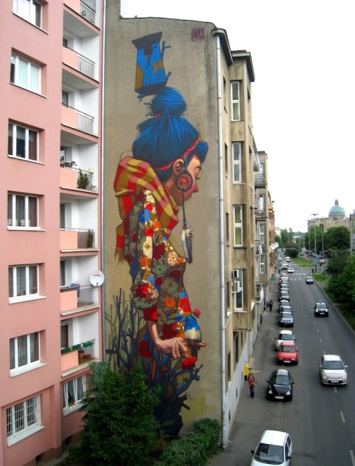 street-art-By-Sainer-from-Etam-Crew_-On-Urban-Forms-Foundation-in-Lodz-Poland-1-mini