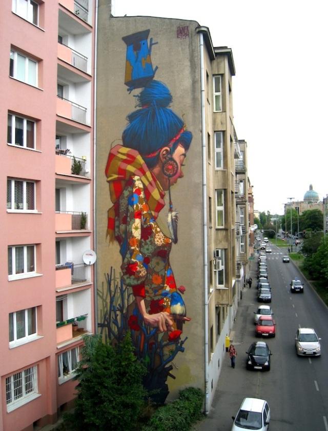 street-art-By-Sainer-from-Etam-Crew_-On-Urban-Forms-Foundation-in-Lodz-Poland-1-mini
